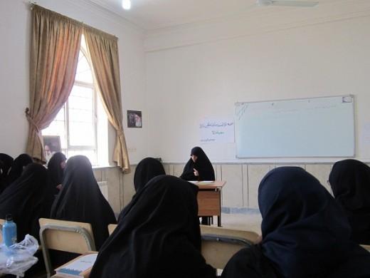 برگزاری دوره توانمندسازی مبلغین نماز در مدرسه علمیه خواهران الزهرا(س) گراش