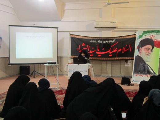 برگزاری نشست اخلاقی با موضوع خانواده در قرآن  در مدرسه علمیه خواهران الزهرا(س) گراش.