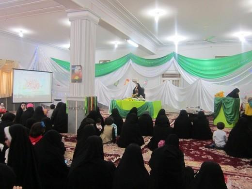 گردهمایی بزرگ مادران، همسران و دختران در جشن میلاد بانوی بزرگ اسلام در مدرسه علمیه خواهران الزهرا(س) گراش