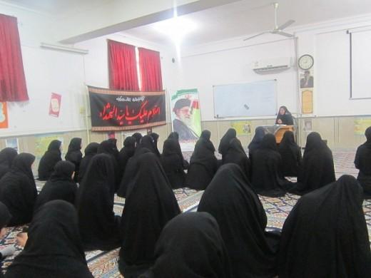 نشست اخلاقی با موضوع عوامل کسب توفیق در مدرسه علمیه خواهران الزهرا(س) گراش